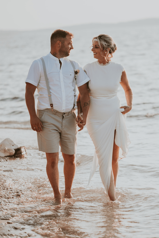 Casual Beach Wedding in Pula Croatia – Lukart Photography – Weddings in Croatia 24