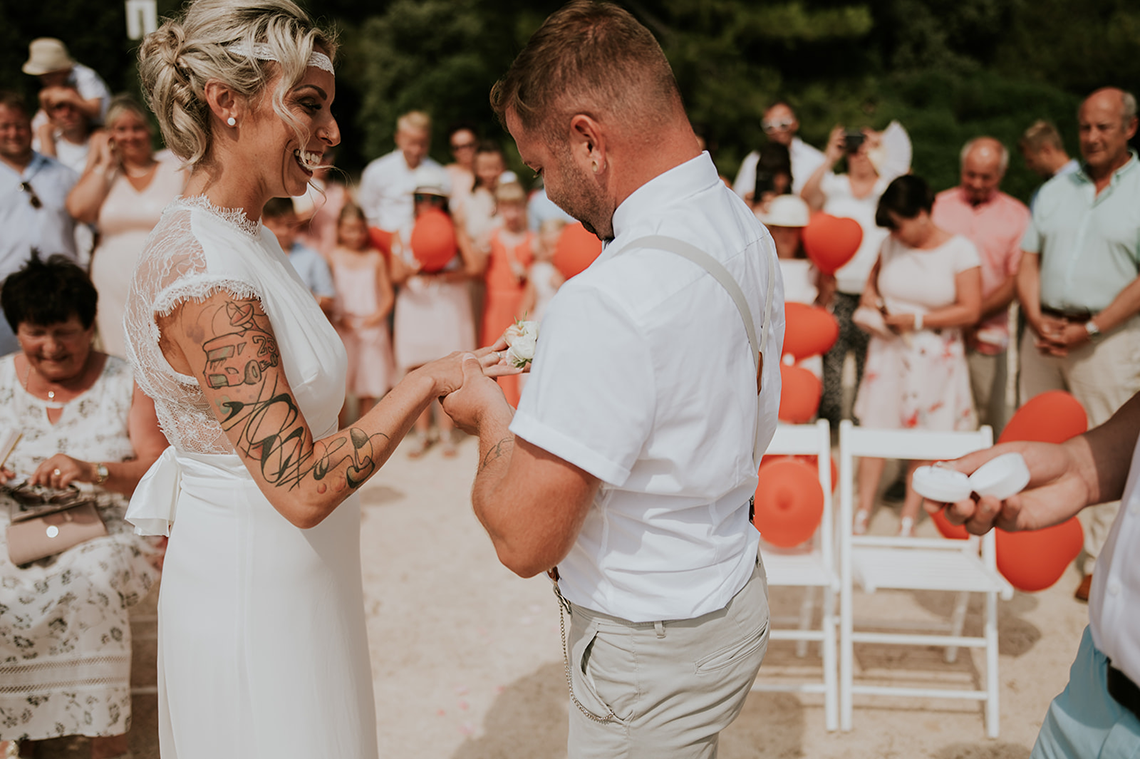 Casual Beach Wedding in Pula Croatia – Lukart Photography – Weddings in Croatia 3