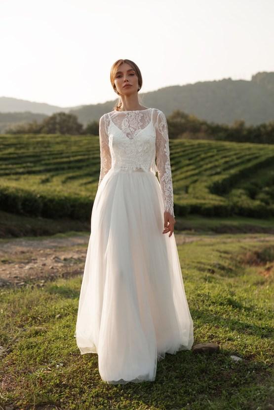 Feminine Simple Minimalistic Wedding Dresses by Mila Bridal 2020 2021 – Bridal Musings 19