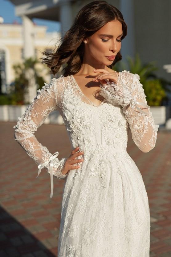 Feminine Simple Minimalistic Wedding Dresses by Mila Bridal 2020 2021 – Bridal Musings 36