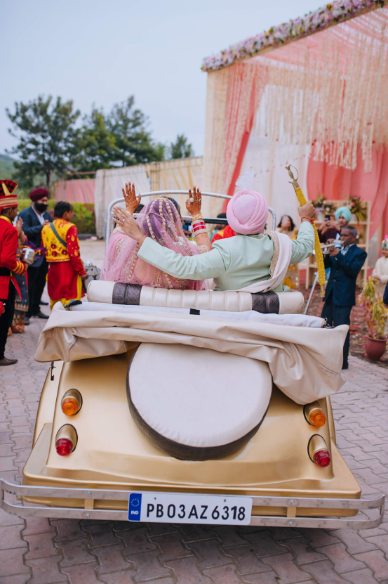 Gorgeous and Joyous Traditional Indian Wedding – Beginnings For You Photography 36