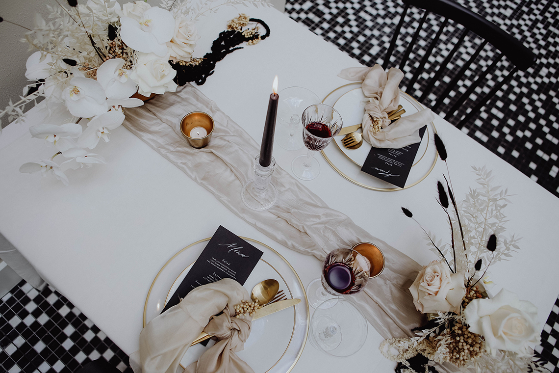 Stylish Berlin Elopement Inspiration – Anastasia Conze Weddings and Events – Adela Dupetit von O Dear 4