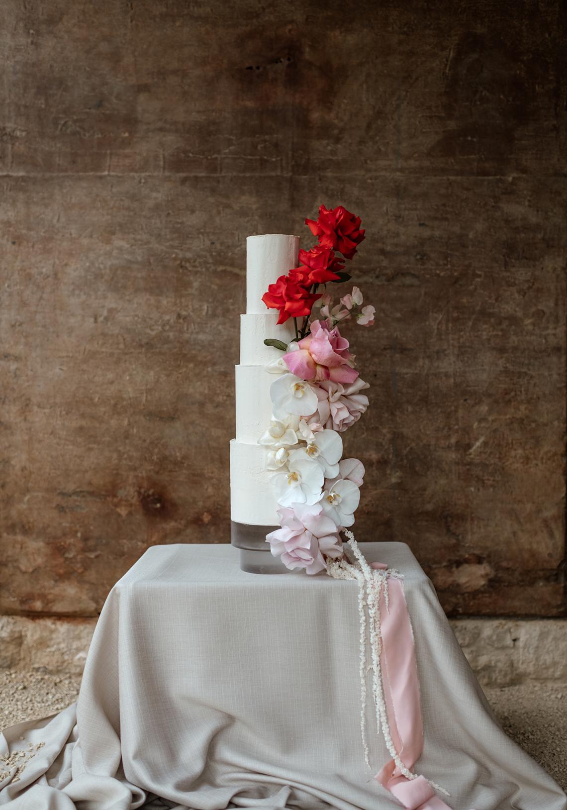 Fashion-forward Countryside Wedding Inspiration – Elmore Court – Laura Martha Photography 60