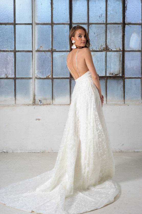 Les Aimants Customizable French Style Wedding Dress Collection – Bridal Musings 33