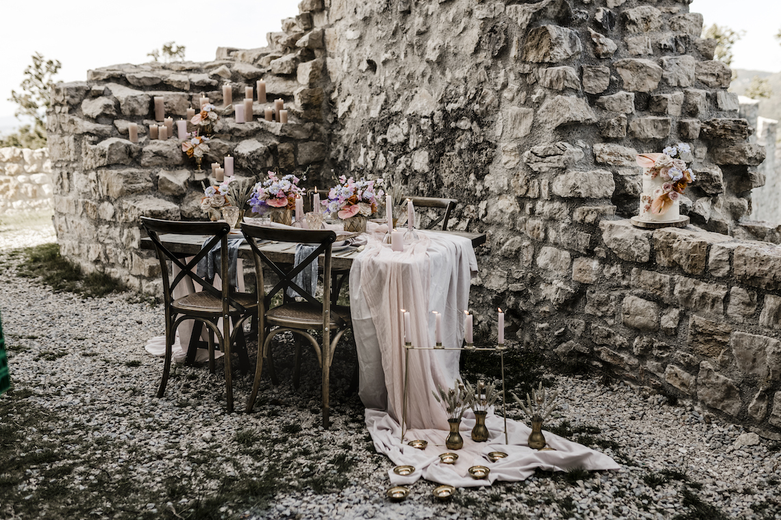 Alternative Vintage European Wedding Inspiration – Claudia Fellino Fotographie 1