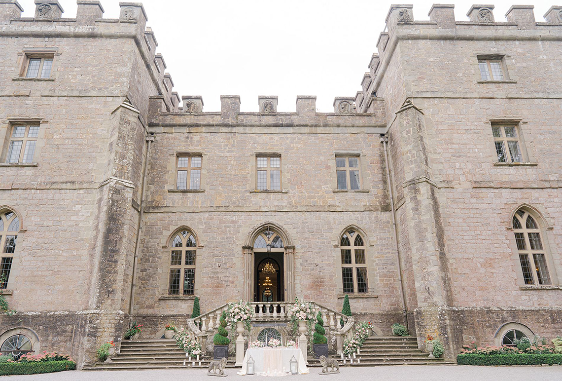 Fairytale Royal English Wedding Inspiration at Clearwater Castle – Sara Cooper Photography – Smitten Weddings 2