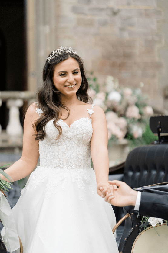 Fairytale Royal English Wedding Inspiration at Clearwater Castle – Sara Cooper Photography – Smitten Weddings 31