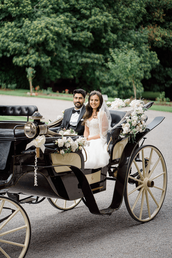 Fairytale Royal English Wedding Inspiration at Clearwater Castle – Sara Cooper Photography – Smitten Weddings 35