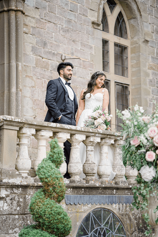 Fairytale Royal English Wedding Inspiration at Clearwater Castle – Sara Cooper Photography – Smitten Weddings 38