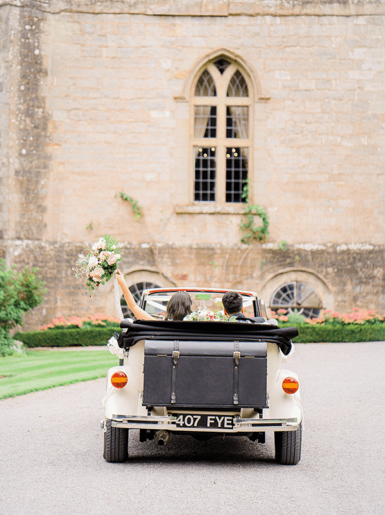 Fairytale Royal English Wedding Inspiration at Clearwater Castle – Sara Cooper Photography – Smitten Weddings 54
