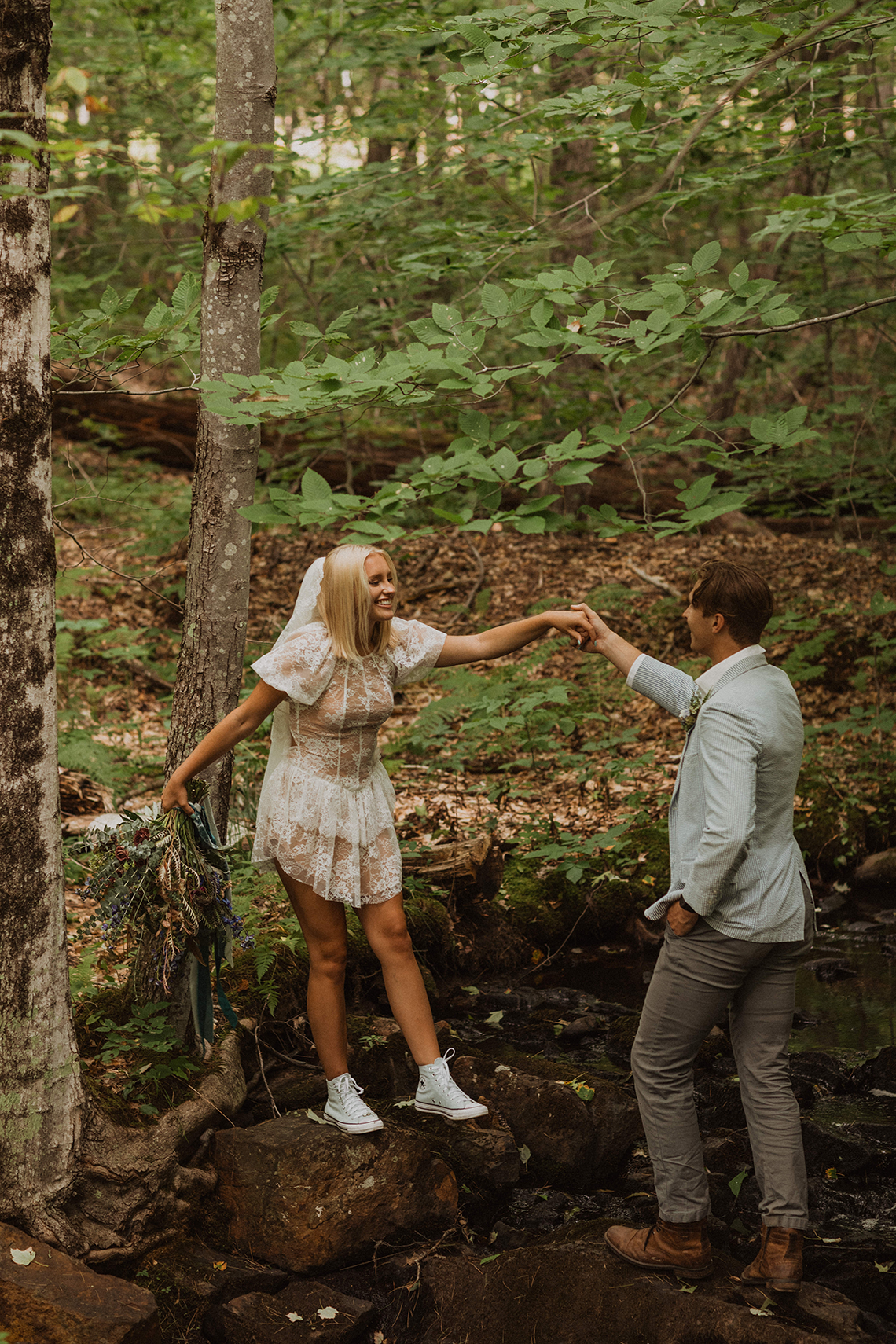 Free-Spirited New Hampshire Elopement Inspiration in the White Mountains – Compass Collective – Wild and Wed 29