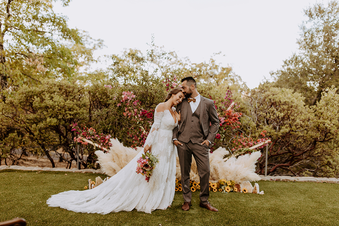 Bohemian and Rustic Wedding Inspiration with Pampas Grass – Parallel33 Photography – Esoteric Bride 10