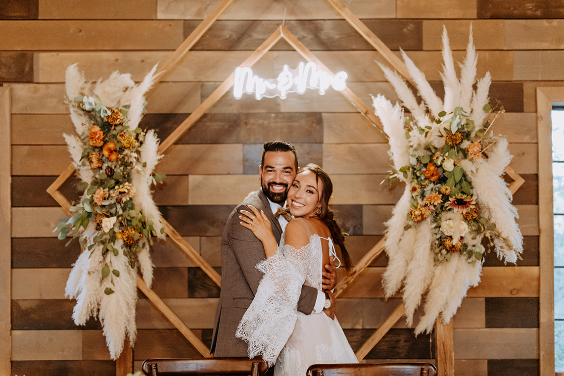 Bohemian and Rustic Wedding Inspiration with Pampas Grass – Parallel33 Photography – Esoteric Bride 12