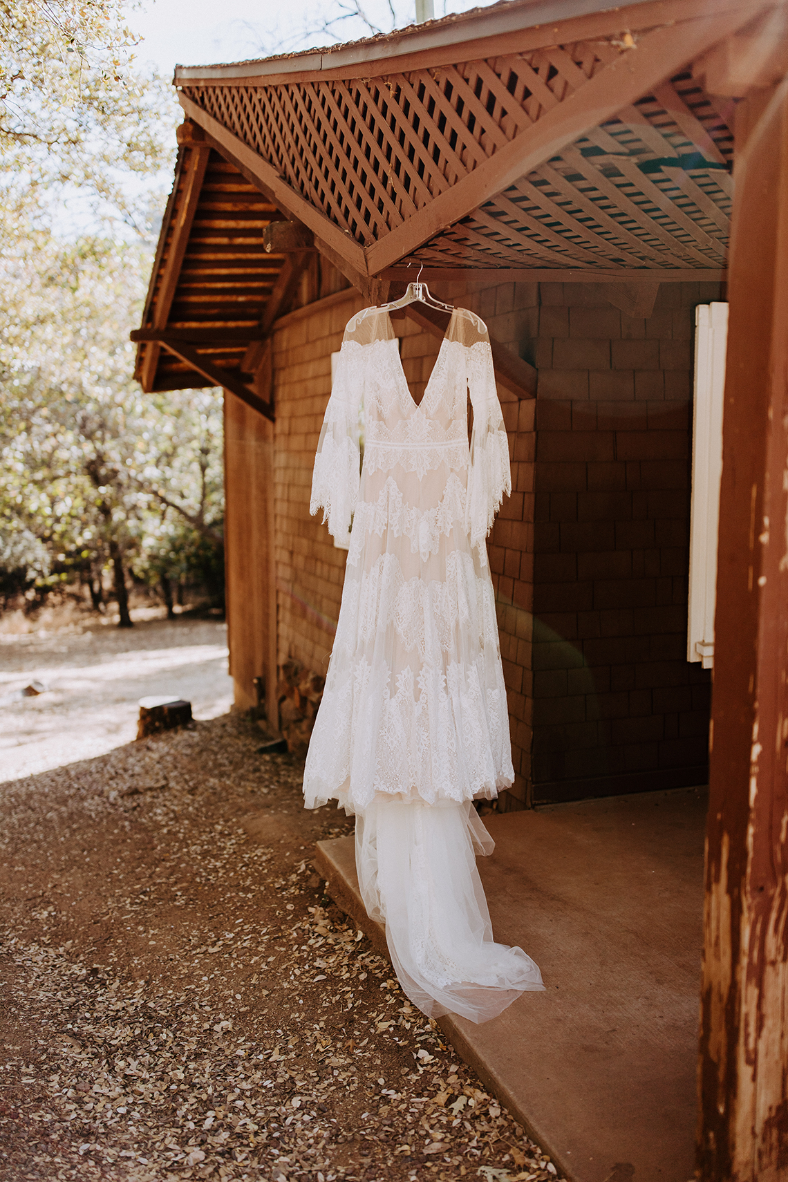 Bohemian and Rustic Wedding Inspiration with Pampas Grass – Parallel33 Photography – Esoteric Bride 16