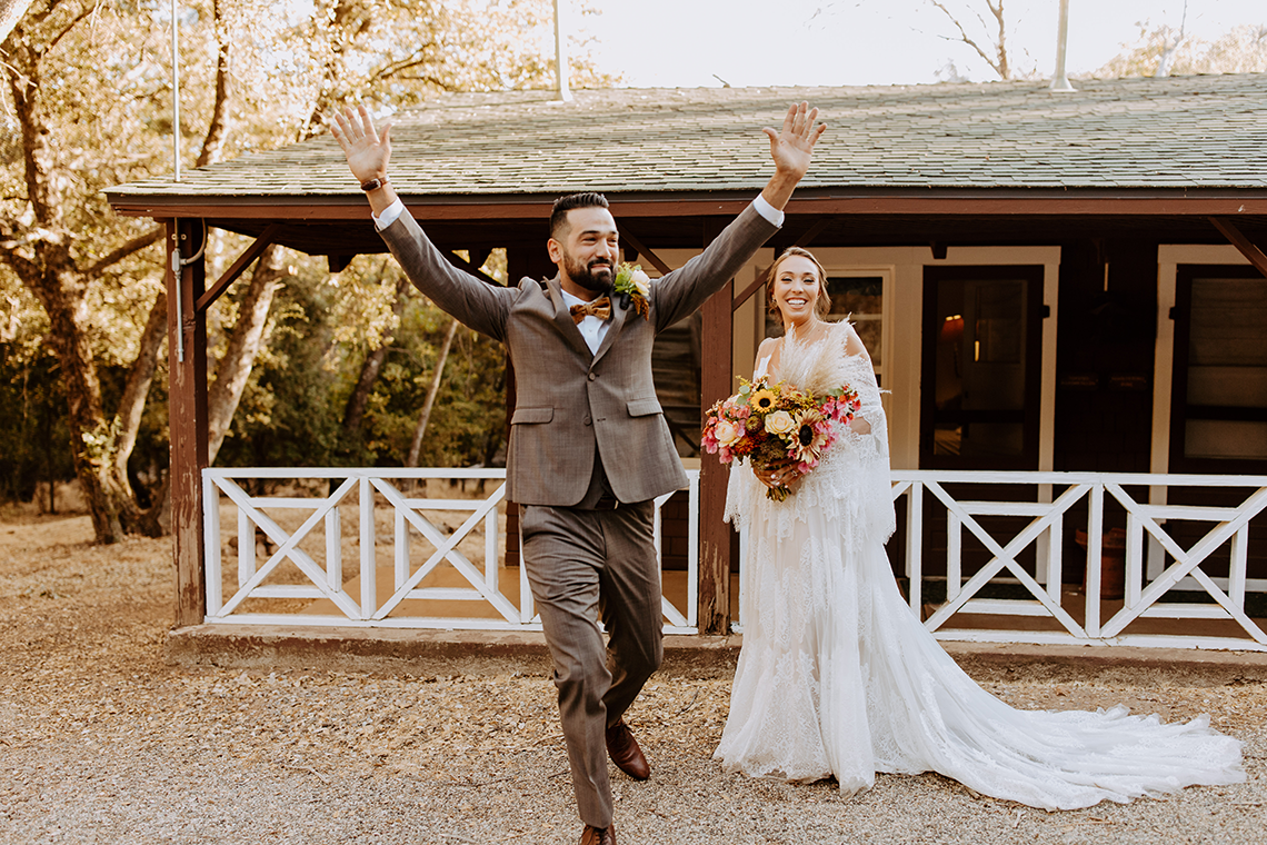 Bohemian and Rustic Wedding Inspiration with Pampas Grass – Parallel33 Photography – Esoteric Bride 3