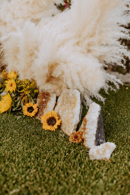 Bohemian and Rustic Wedding Inspiration with Pampas Grass – Parallel33 Photography – Esoteric Bride 33