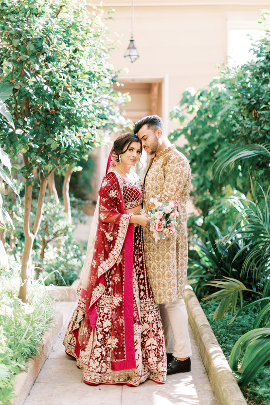 Breathtaking Royal Indian Wedding Inspiration at Prestwold Hall – Sophie May Photo 10