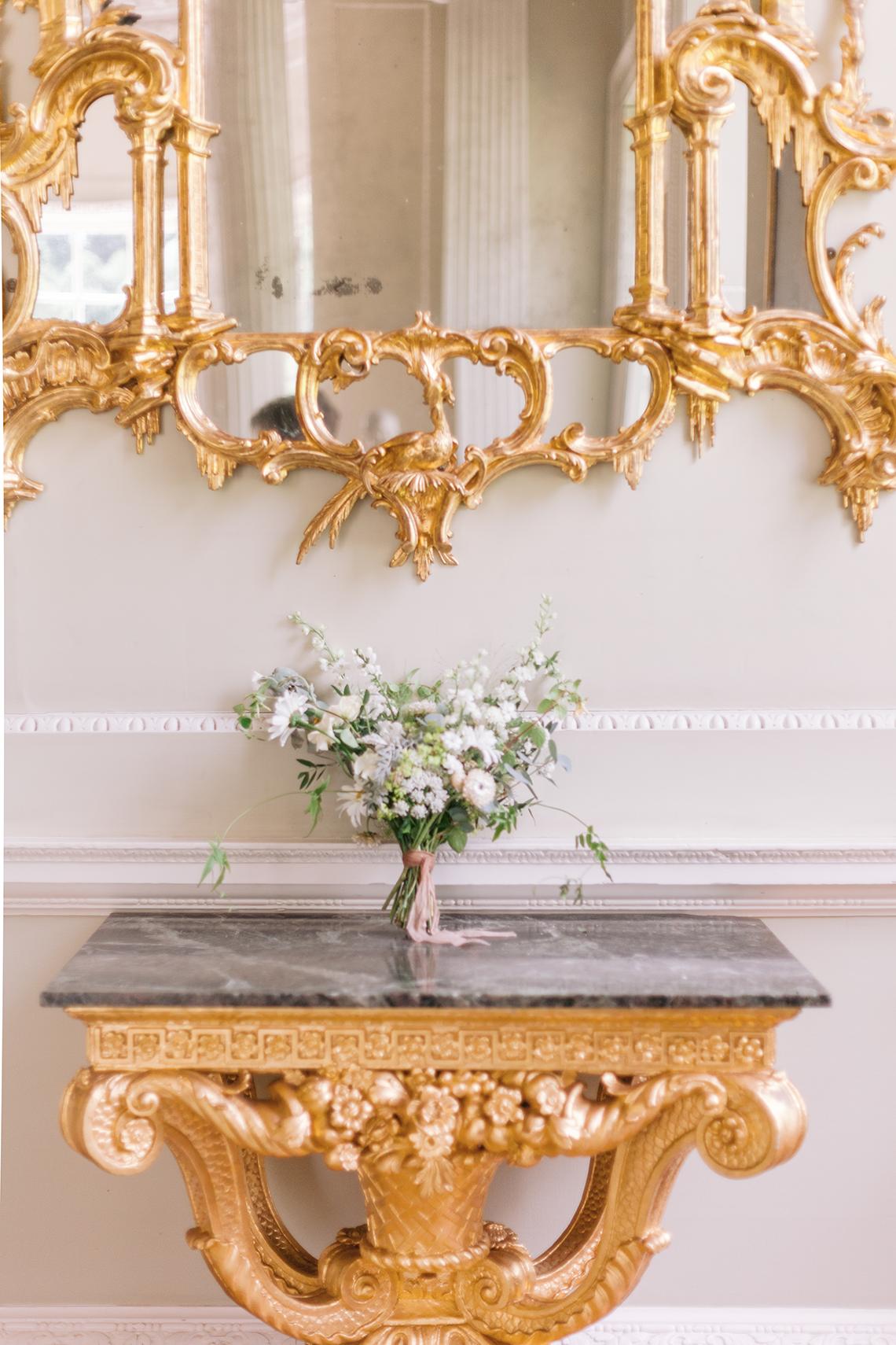 Elegant British Garden Inspired Wedding Ideas at Newburgh Priory – Felisiti Greis – Elsie Love Photography 35