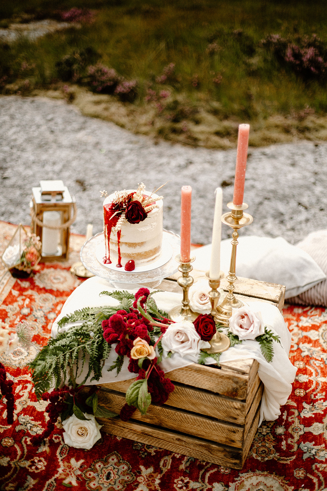 Stunning Scotland Highlands Elopement Inspiration – Alia PAIENDA – E and W Couture 10