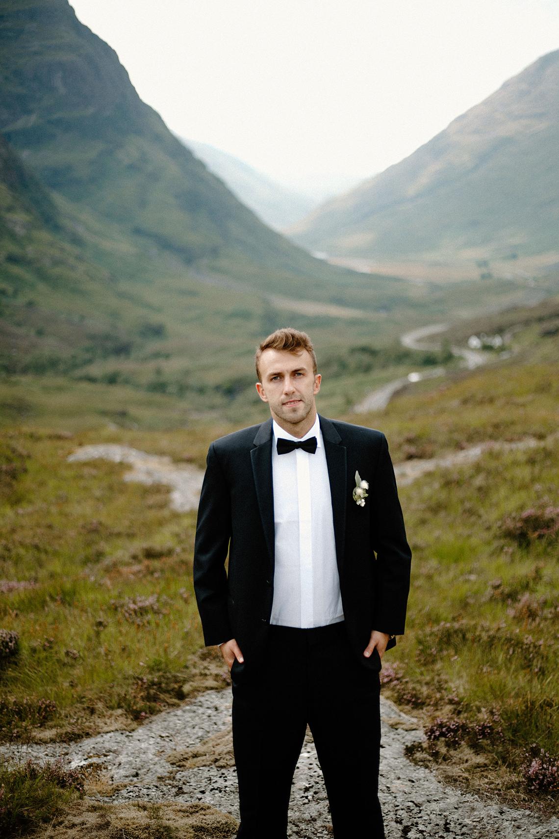 Stunning Scotland Highlands Elopement Inspiration – Alia PAIENDA – E and W Couture 13