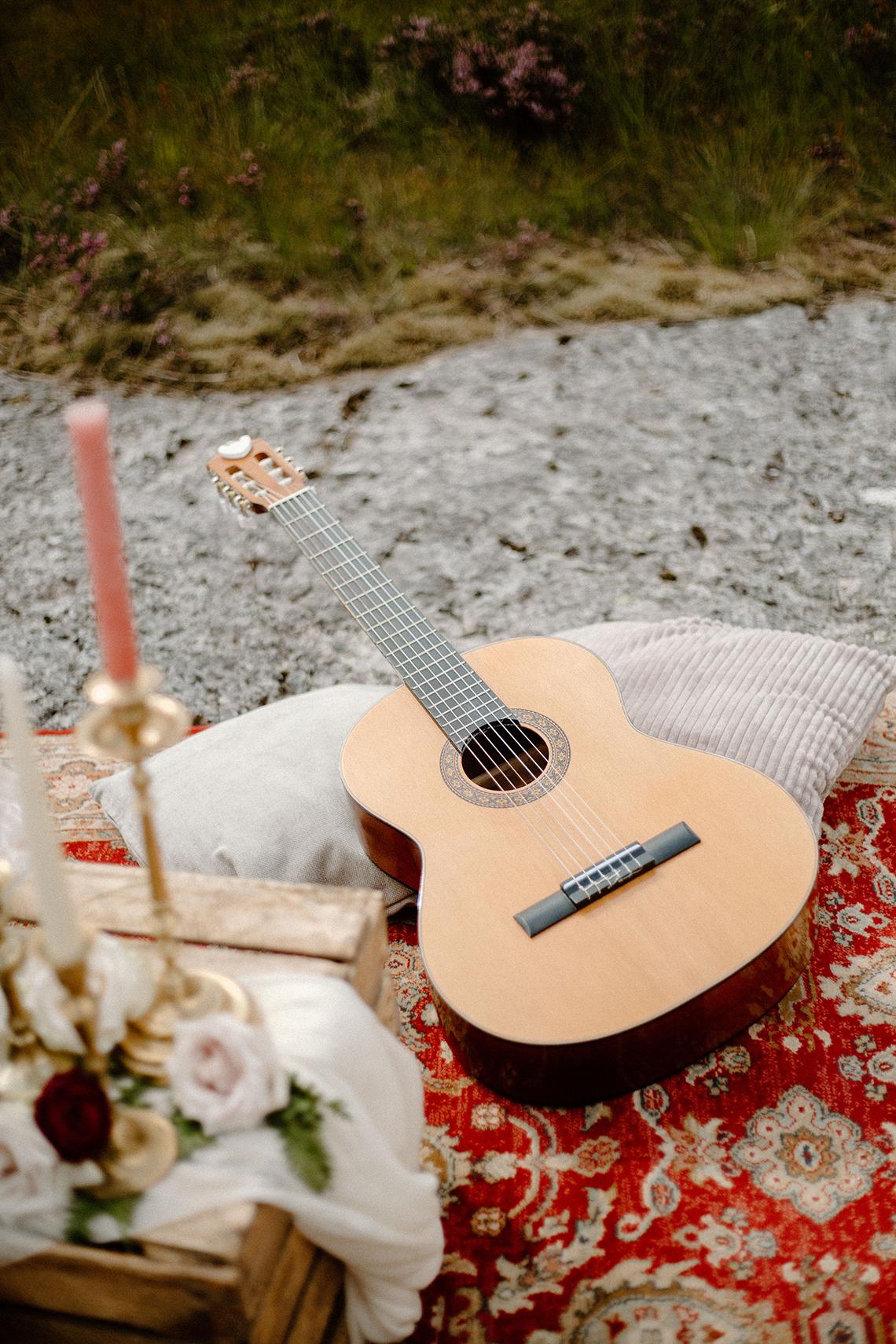 Stunning Scotland Highlands Elopement Inspiration – Alia PAIENDA – E and W Couture 9