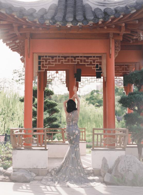 Breathtaking Chinese Qipao Wedding Inspiration from Hong Kong – Angel Cheung Photography 16