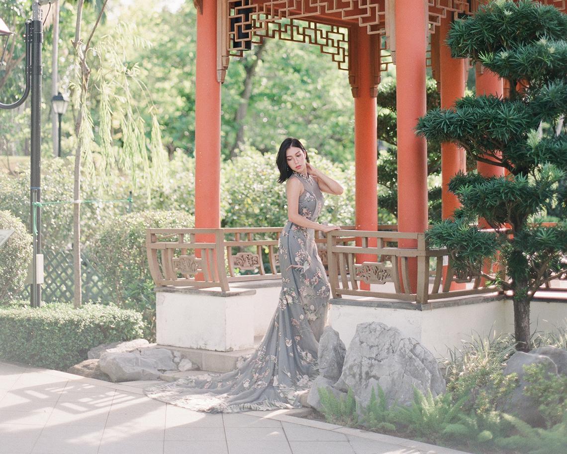 Breathtaking Chinese Qipao Wedding Inspiration from Hong Kong – Angel Cheung Photography 35