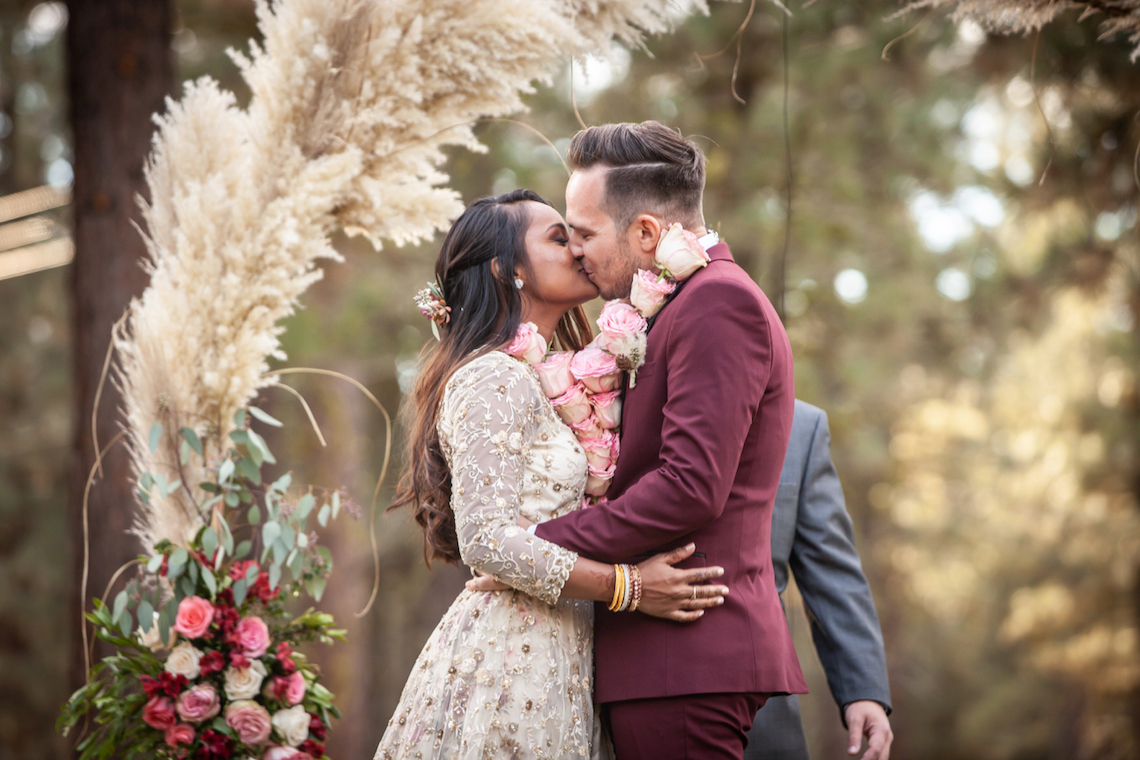 Bruce Willey Photography – The Best Outdoor Wedding Inspiration – Chalet View Lodge – Bridal Musings 2