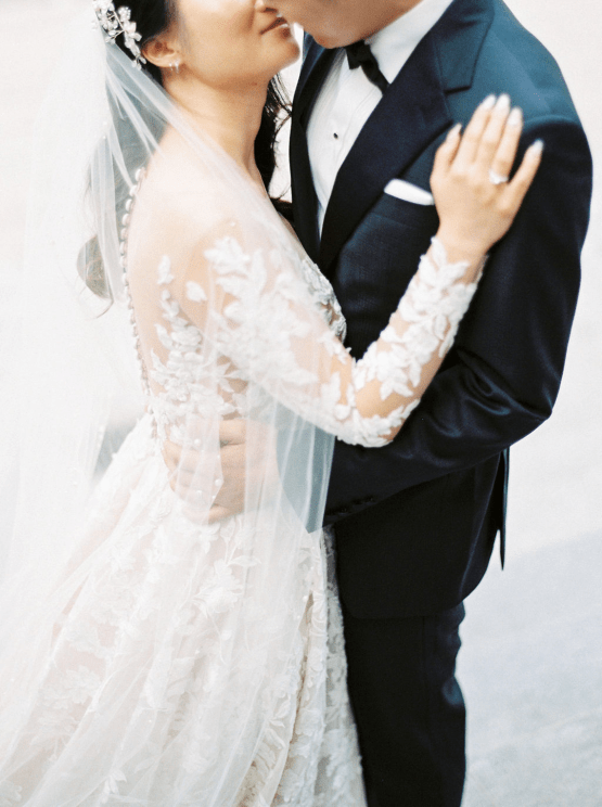Chic City Wedding With Chinese Traditions in Vancouver – Natalie Hung Photography 18