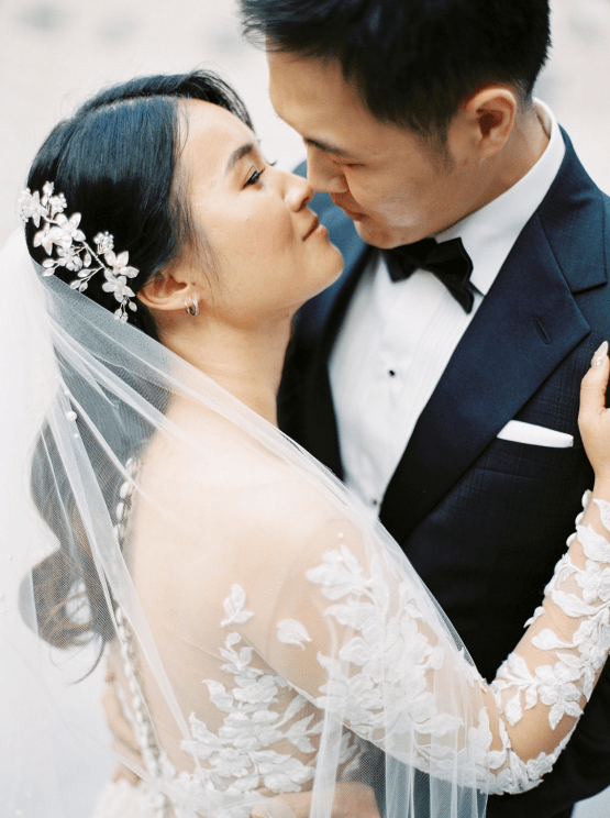 Chic City Wedding With Chinese Traditions in Vancouver – Natalie Hung Photography 19