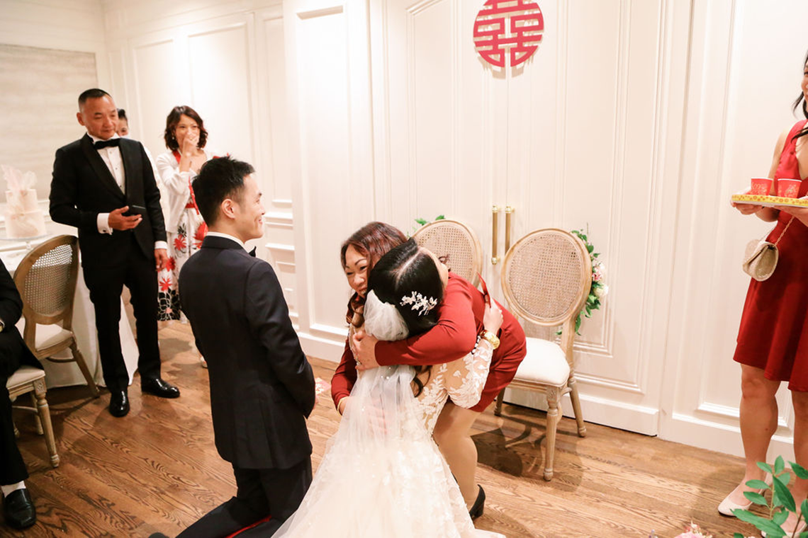 Chic City Wedding With Chinese Traditions in Vancouver – Natalie Hung Photography 48