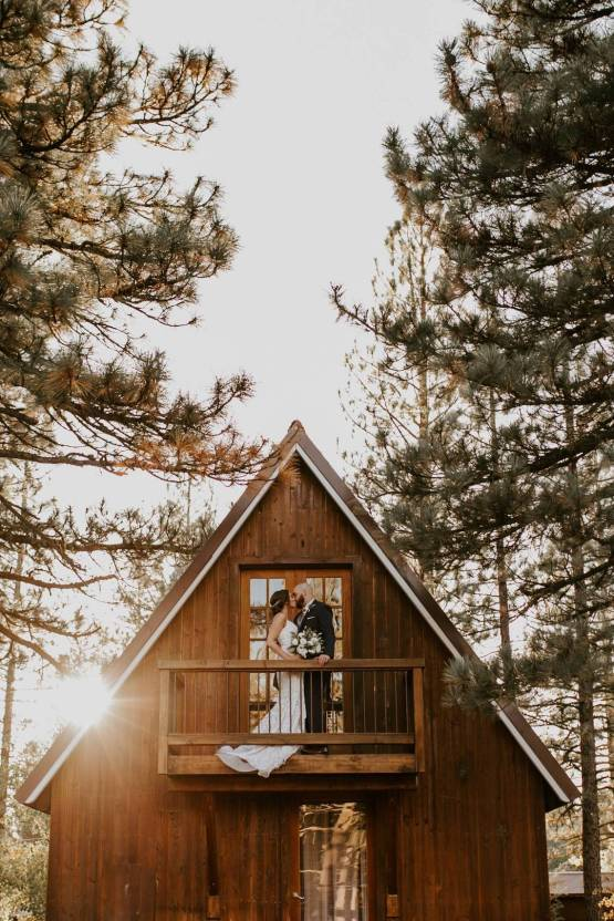 Erin Nicole – The Best Outdoor Wedding Inspiration – Chalet View Lodge – Bridal Musings 3