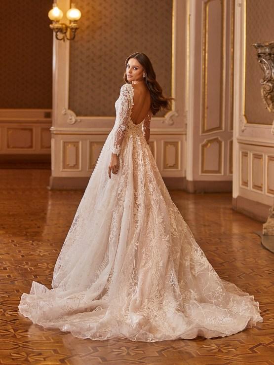 Extravagant Wedding Dresses for 2021 2022 – Val Stefani – Bridal Musings – D8275 B