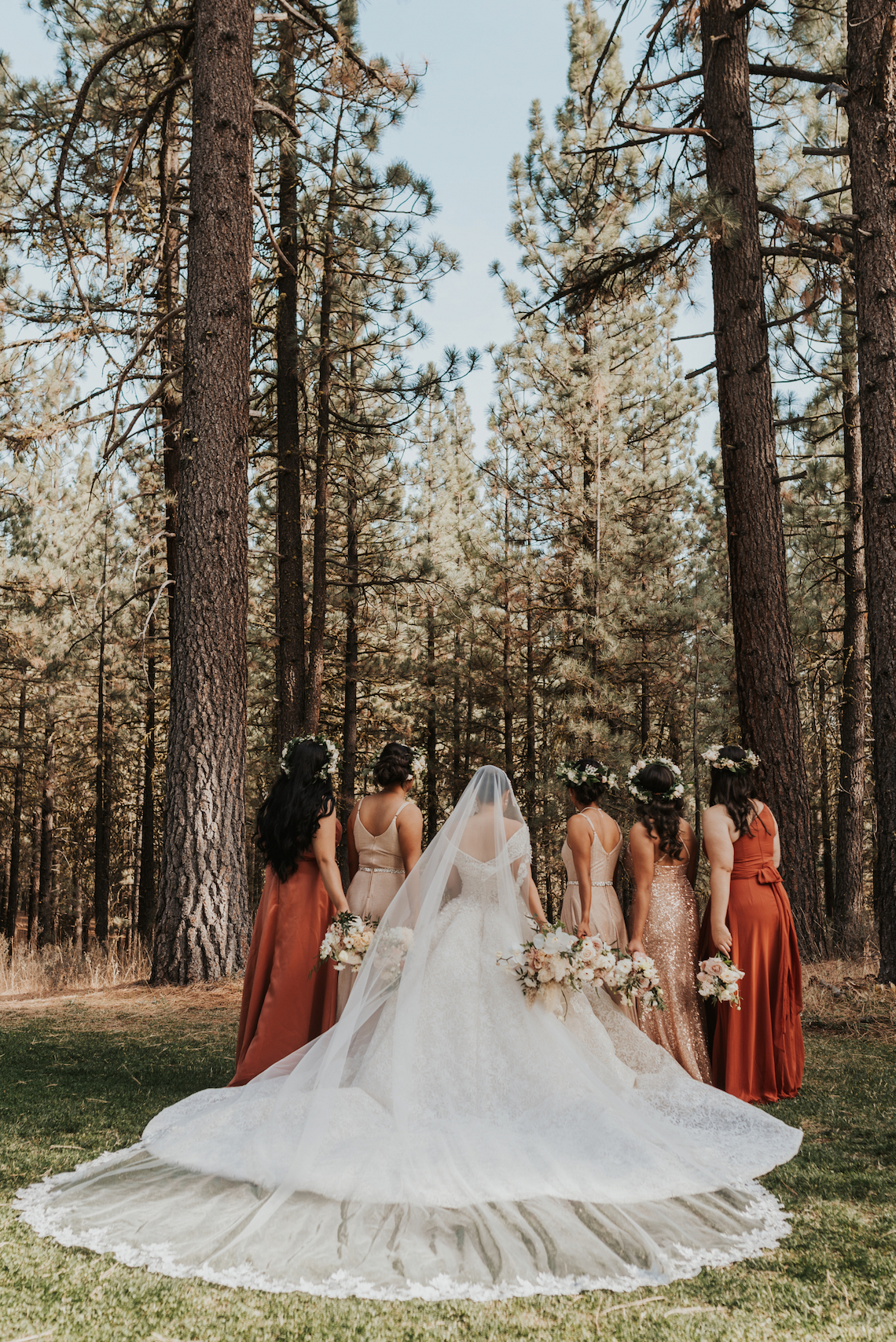 Fatima Jacqueline – The Best Outdoor Wedding Inspiration – Chalet View Lodge – Bridal Musings 4