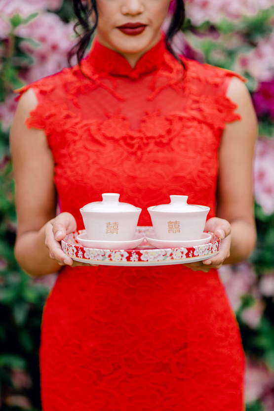 Gorgeous Chinese Tea Ceremony and Wedding Inspiration with Orchids – Clarzzique – Lilelements 24