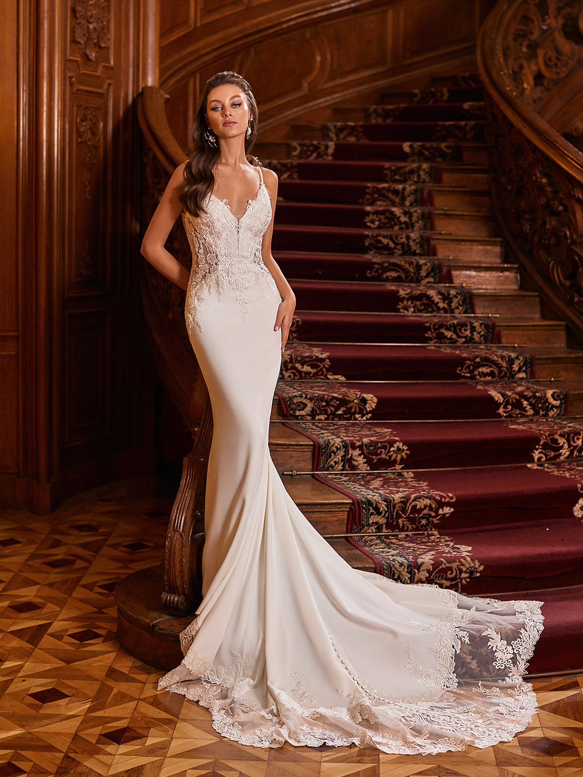 How to Plan A Luxurious Wedding At Home – Moonlight Bridal – Bridal Musings – J6826_A