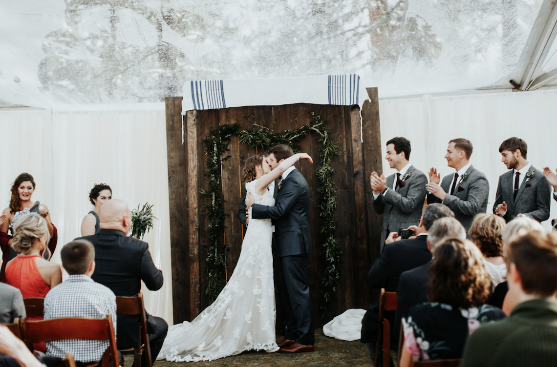 Kay Kroshus Photography – The Best Outdoor Wedding Inspiration – Chalet View Lodge – Bridal Musings 4