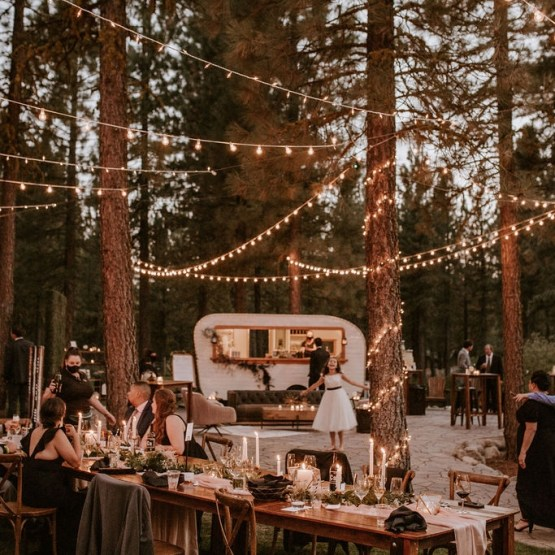 Red Poppy Photography – The Best Outdoor Wedding Inspiration – Chalet View Lodge – Bridal Musings 4