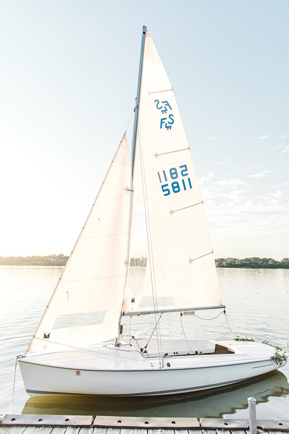 Simple Romantic Sunset Sailboat Elopement Inspiration – Lyndi Ruth Photography 12