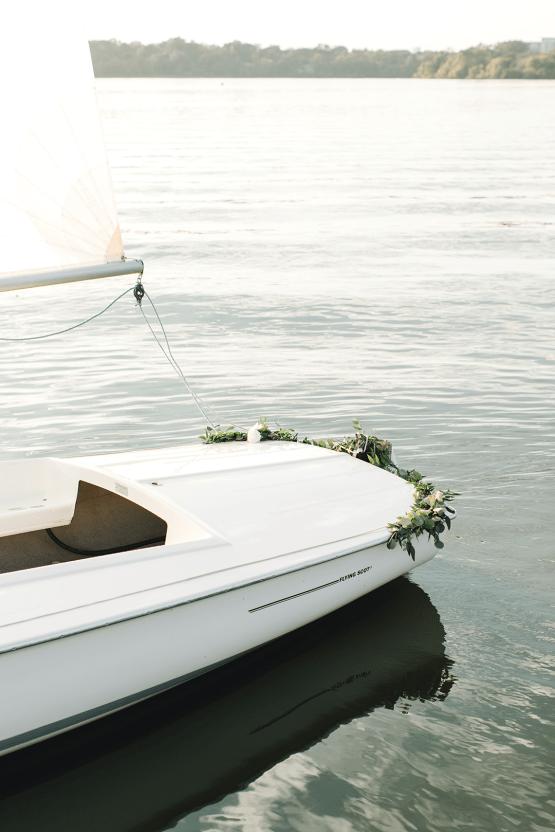 Simple Romantic Sunset Sailboat Elopement Inspiration – Lyndi Ruth Photography 6