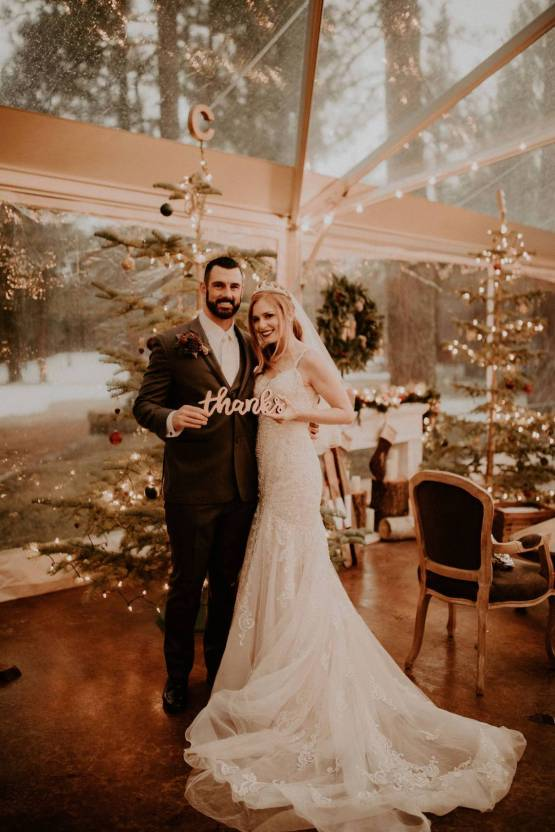 Taylor Kirn – The Best Outdoor Wedding Inspiration – Chalet View Lodge – Bridal Musings 6