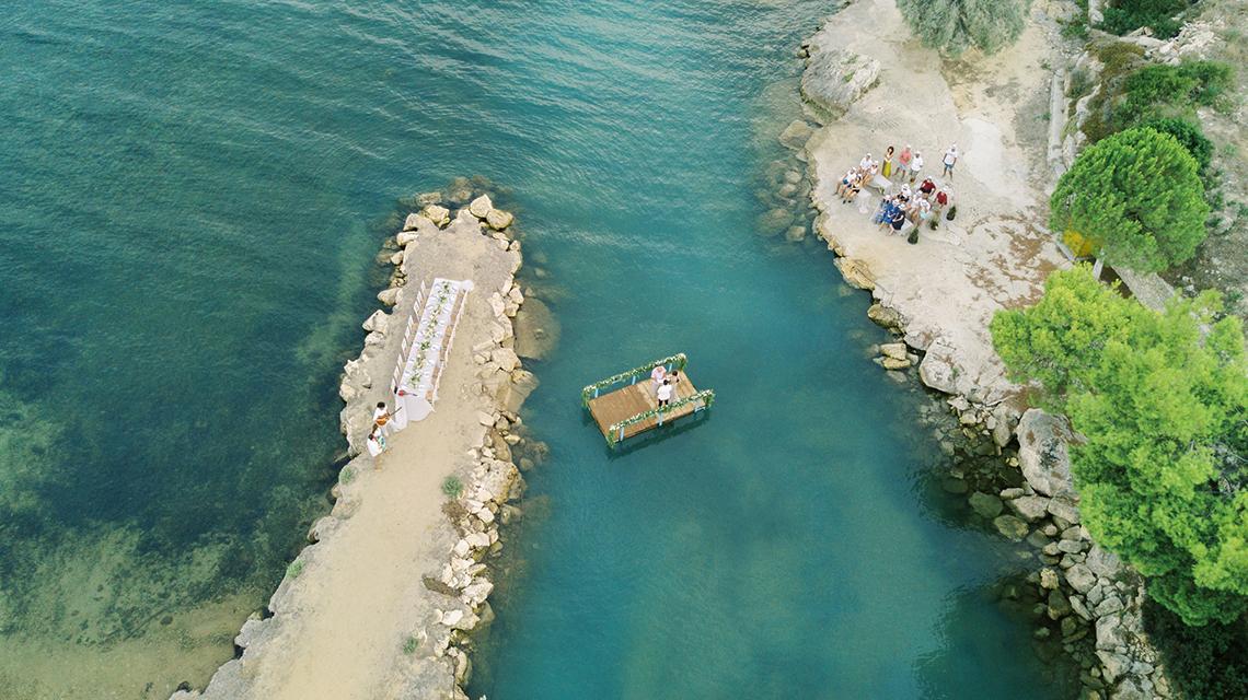 Breathtaking Greek Micro Wedding – Kefalonia Island – Vesi and Yiannis Simopoulos 8