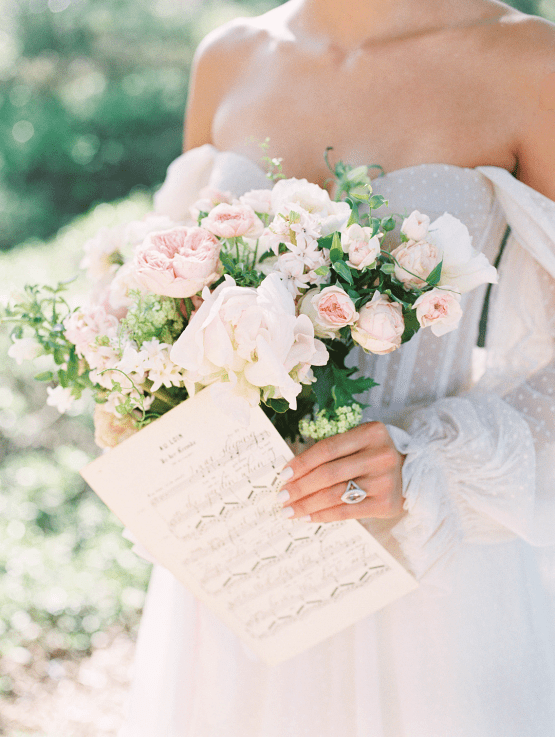 Gorgeous Garden Wedding Vow Renewal Inspiration – iamlatreuo photo – KWH Bridal 19