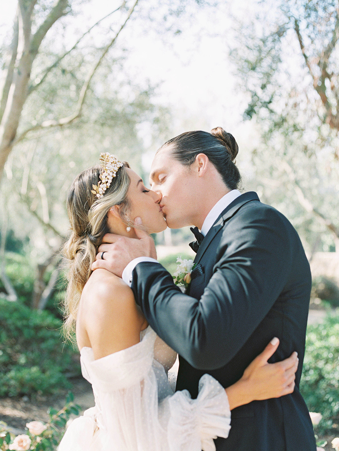 Gorgeous Garden Wedding Vow Renewal Inspiration – iamlatreuo photo – KWH Bridal 40