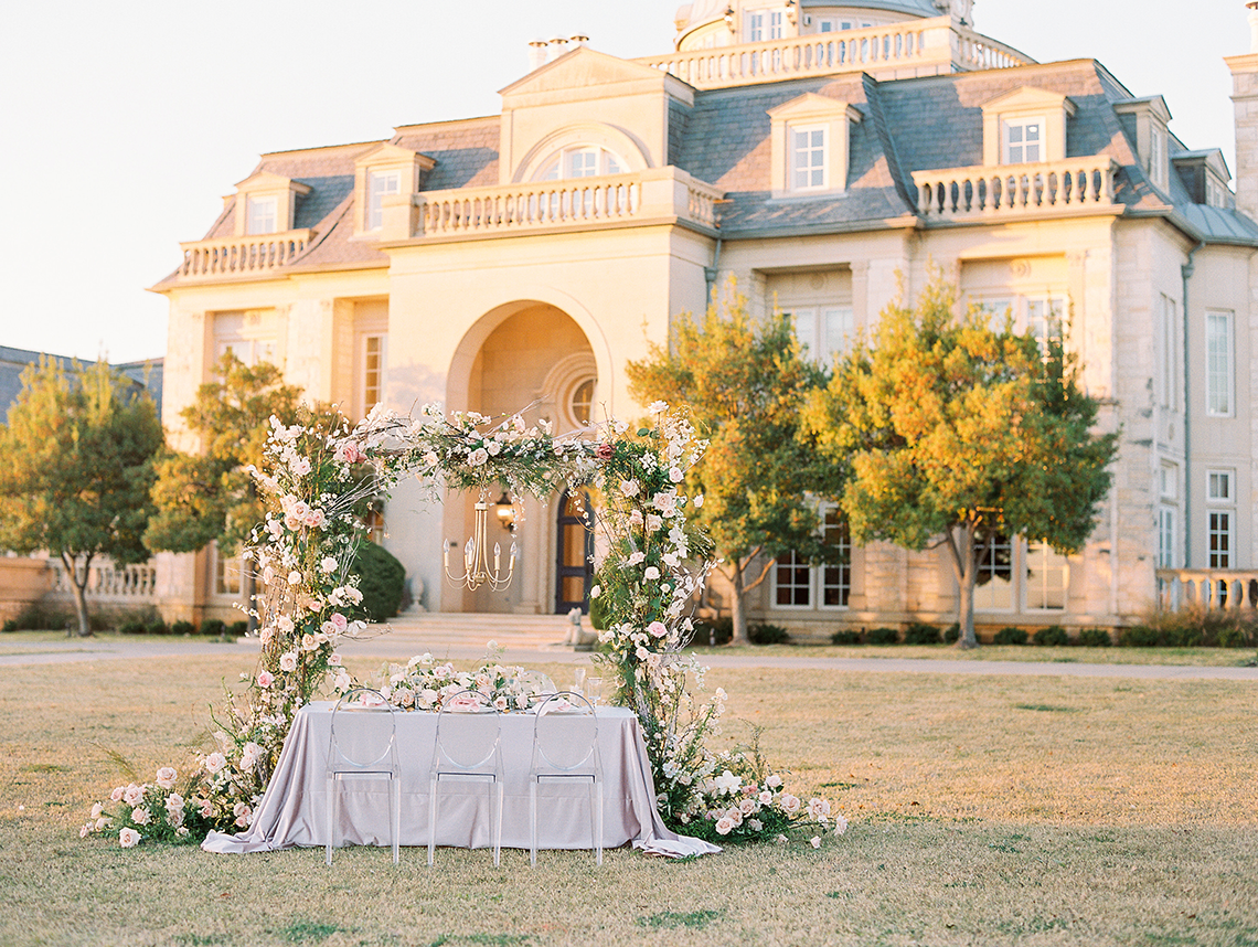 How to plan your dream French destination wedding...in Texas!