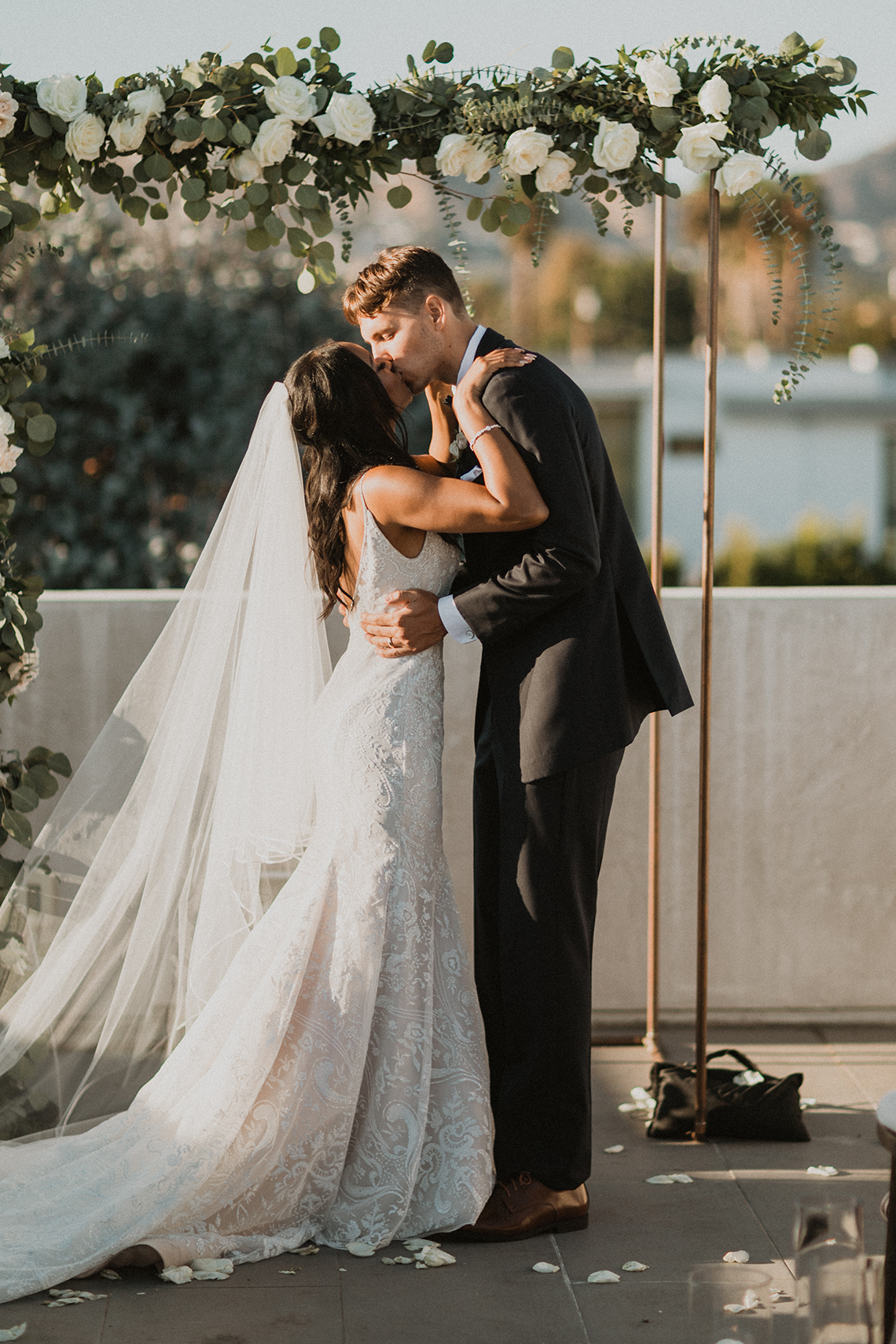 Modern Hollywood Rooftop Elopement During COVID-19 – Julia Green Photography 21