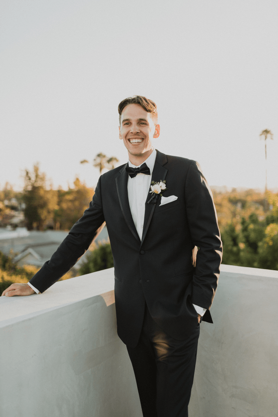 Modern Hollywood Rooftop Elopement During COVID-19 – Julia Green Photography 33