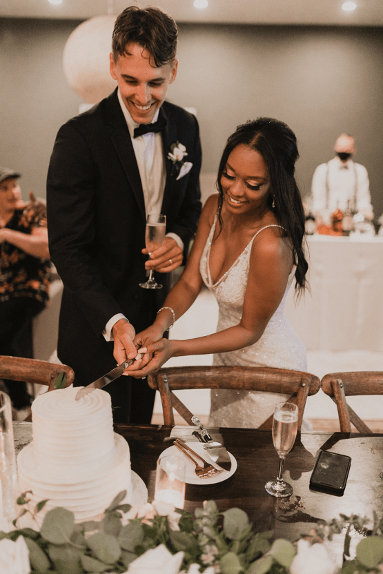 Modern Hollywood Rooftop Elopement During COVID-19 – Julia Green Photography 46