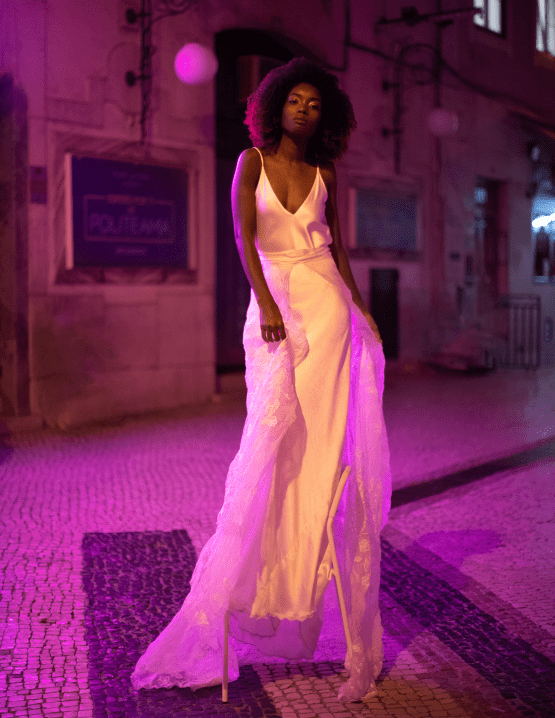 Romantic and Chic Portuguese Bridal Editorial – Couplet – A La Robe Bridal 11