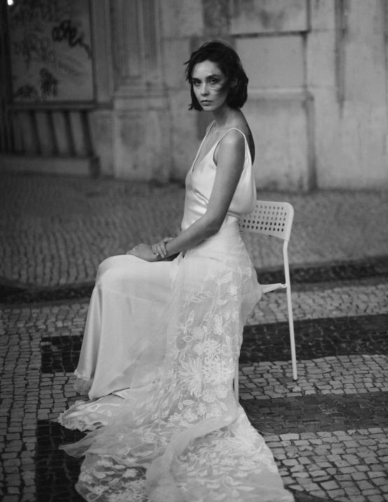 Romantic and Chic Portuguese Bridal Editorial – Couplet – A La Robe Bridal 29